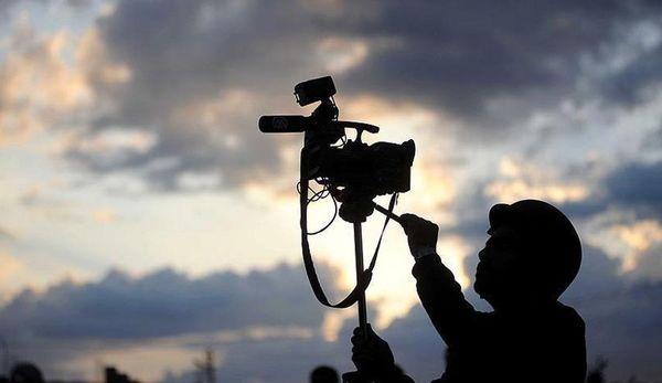 چشم امید جامعه به تیز بینی خبرنگاران است