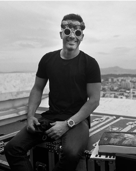 عینک بامزه سیروان خسروی + عکس