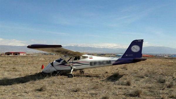 سقوط هواپیما در شهرکرد+جزئیات