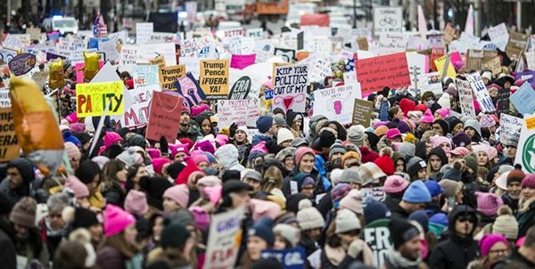 تظاهرات زنان آمریکایی علیه ترامپ+ عکس