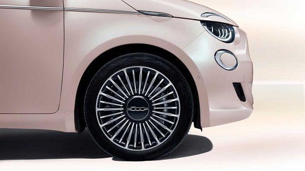عرضه مدل جدید فیات هاچ بک در بازار