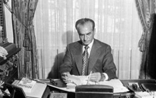 تحقیر شاه پهلوی در زمان جنگ جهانی/ فیلم