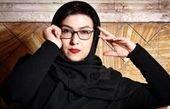 عکس خندان بازیگر زیر آسمان شهر با نعیمه نظام دوست