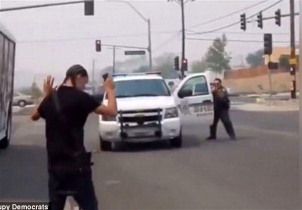 استعفای یک افسر پلیس آمریکا به خاطر بدرفتاری با یک زن