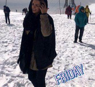 برف بازی بیتا سحرخیز در ارتفاعات+عکس