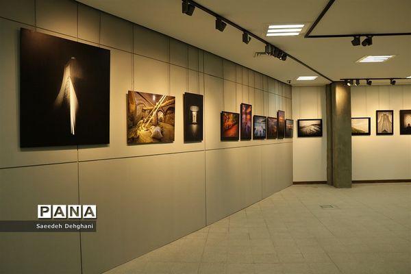 ۶۵ اثر از ۱۱ هنرمند جاوید فرهنگستان هنر به نمایش درآمد+عکس