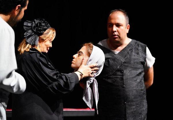 سر بریده بازیگر جوان سینما در دستان بهاره رهنما!+عکس