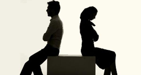 نقشه شوم زن بدجنس برای از هم پاشیدن زندگی دوست قدیمیاش