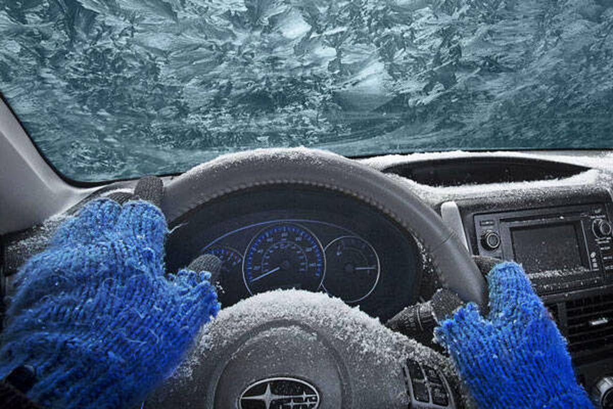 درجا گرم کردن ماشین در هوای سرد ؛ ضرر یا منفعت ؟