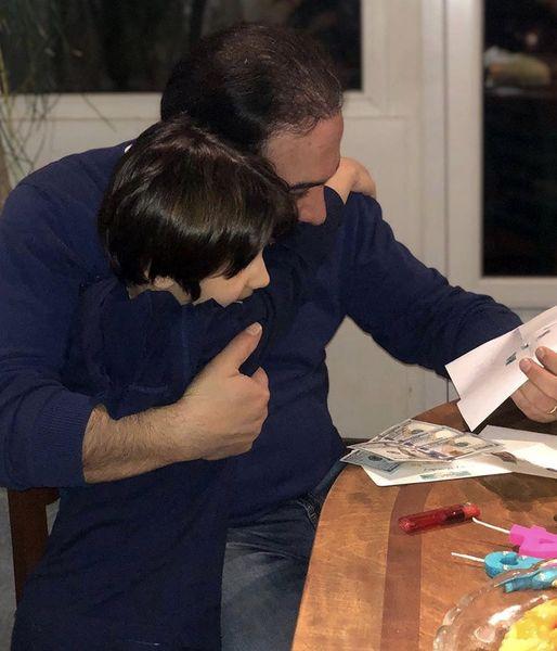 عاشقانه های برزو ارجمند و پسرش + عکس