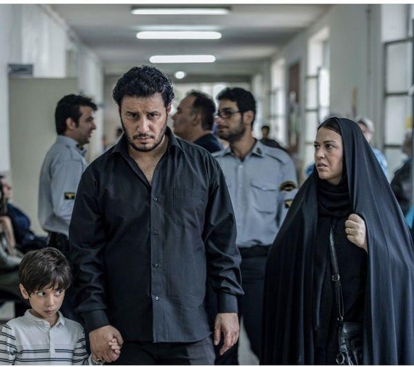 جواد عزتی در دادگاه + عکس