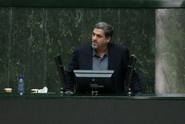 کواکبیان: حکمت عدم برخورد با «احمدینژاد» و دستگیرنکردن «مرتضوی» چیست؟