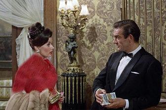 اولین جیمز باند زن سینما درگذشت