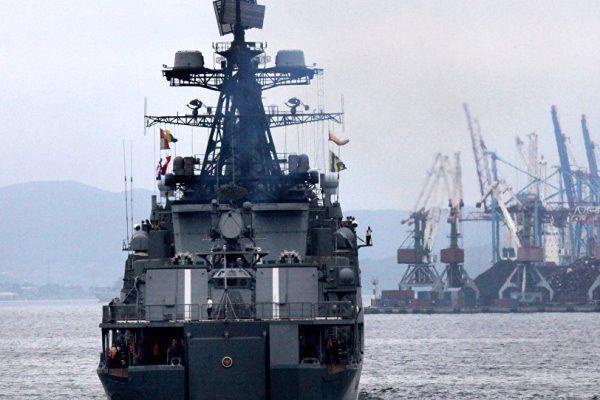 مانور دریایی مشترک روسیه و ژاپن در خلیج عدن آغاز شد