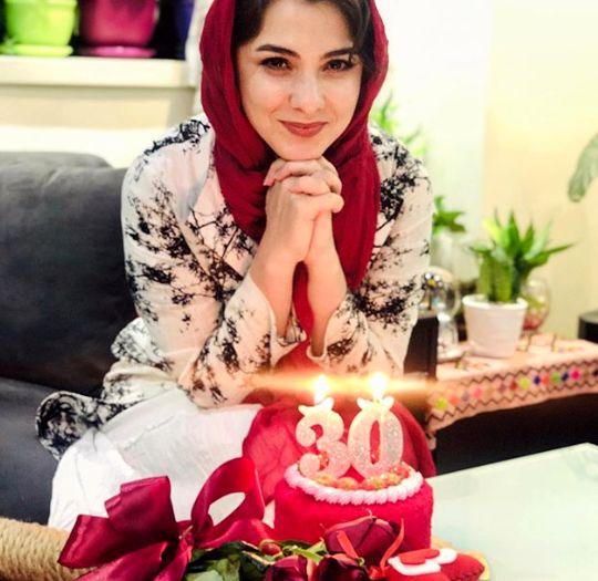 جشن تولد خانم مجری آرام شبکه نسیم+عکس