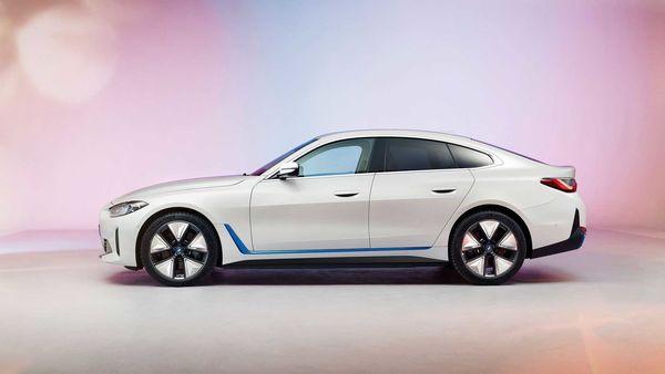 فروش زود هنگام خودروی BMW i۴