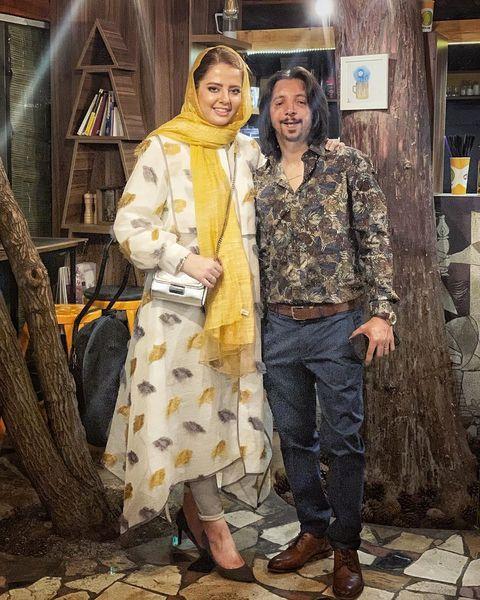 تیپ زرد مهسا ایرانی در گردش با همسرش+عکس