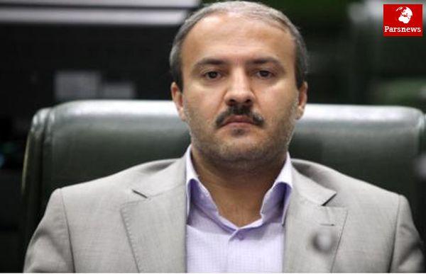 احمدی نژاد تمایلی به اصولگرایان ندارد