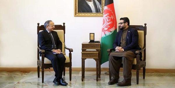 دیدار مشاور امنیت ملی افغانستان با سفیر هند