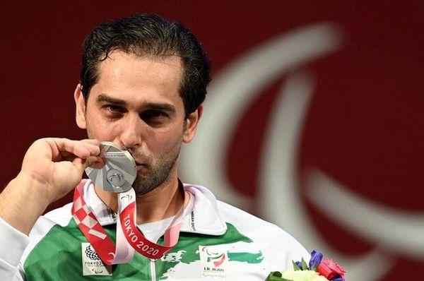 اولین مدال ایران در پارالمپیک توکیو / جعفری در وزنهبرداری نقره گرفت