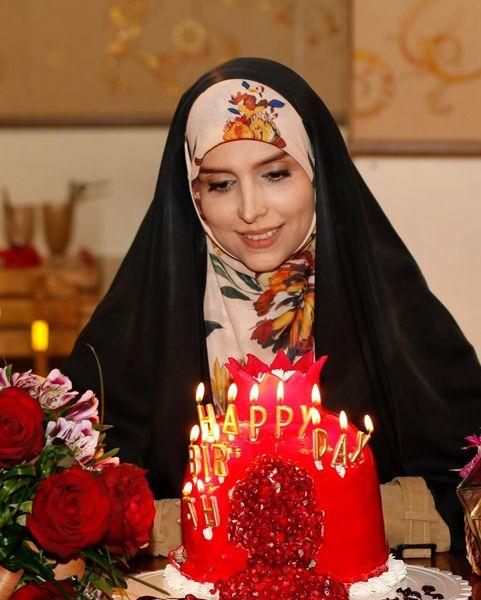 کیک تولد خاص خانم مجری خوش سر و زبان تلویزیون+عکس